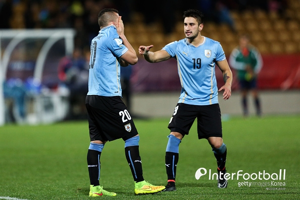 '남미 챔피언' 우루과이, 이탈리아 1-0 제압...일본 1위 유지