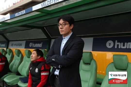 '4-4-2' 황선홍의 승부수, 전북에는 소용없었다