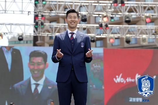"""손흥민, """"월드컵은 무서운 곳...책임감 가지겠다"""""""