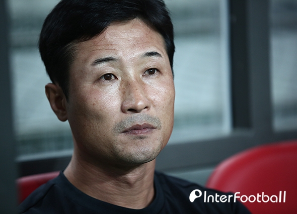 """'2연패 탈출' 이을용 대행, """"선수들의 간절한 마음이 승리 비결"""""""