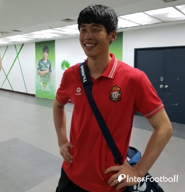 """'선방쇼' 이범수의 따뜻한 배려, """"피자 배달 왔습니다!"""""""